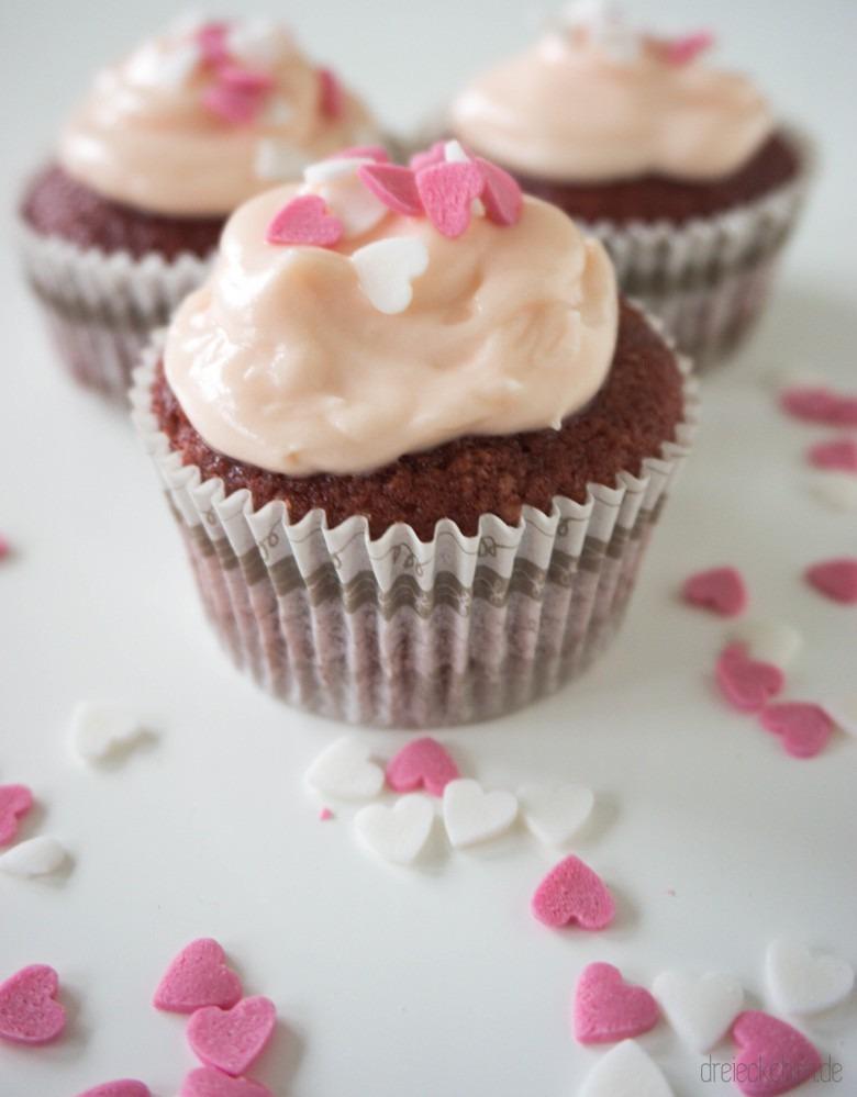 Ich geb ne Runde Pink Velvet Cupcakes aus