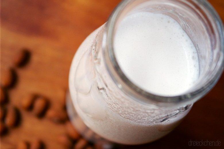 Mandelmilch selbstgemacht