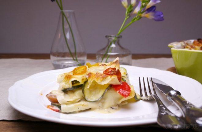 nicht nur für Vegetarier - Lasagne mit Zucchini, Paprika, Mozzarella und Tomaten