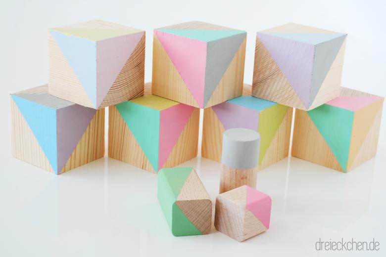 DIY Tutorial Holzbausteine selbst bemalen