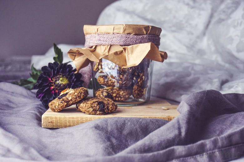 vegane-chia-zimt-pflaumen-frühstückskekse (27 von 29)
