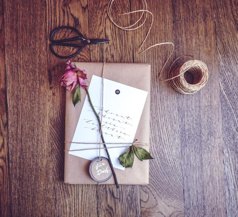 adventskalender-blog-ueberraschungseckchen_diy-geschenkpapier (44 von 66)