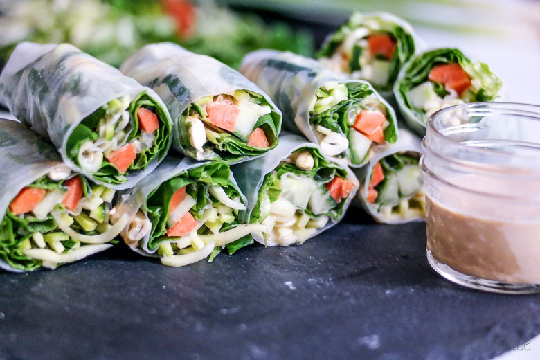 vegane rohkost rezept f r leckere summer rolls mit erdnuss dip dreieckchen lifestyle blog. Black Bedroom Furniture Sets. Home Design Ideas