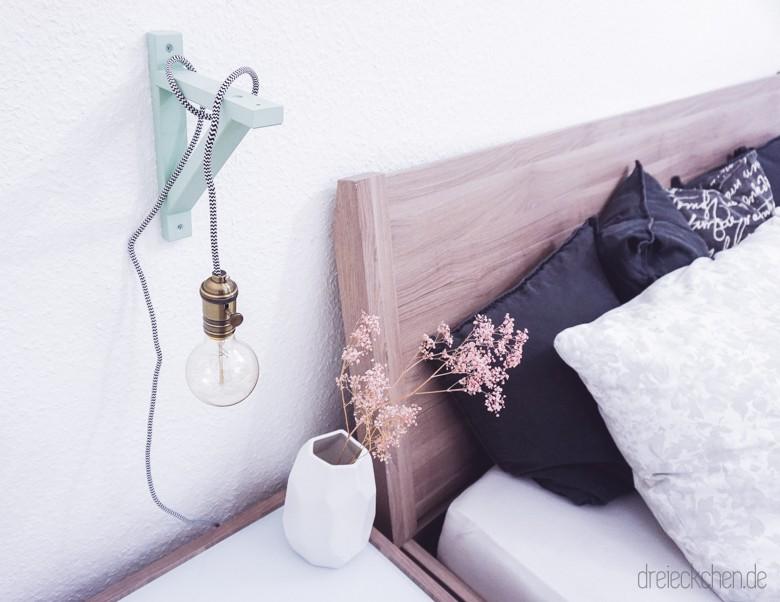 Textilkabel Holz Nachtischlampe Selbermachen - Lampenidee für zuhause mit Vintage Glühbirne in mint