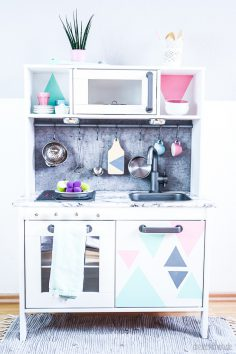 Ikea Aufmotzen ikea duktig kinderküche pimpen 10 einfache diy tricks für eure