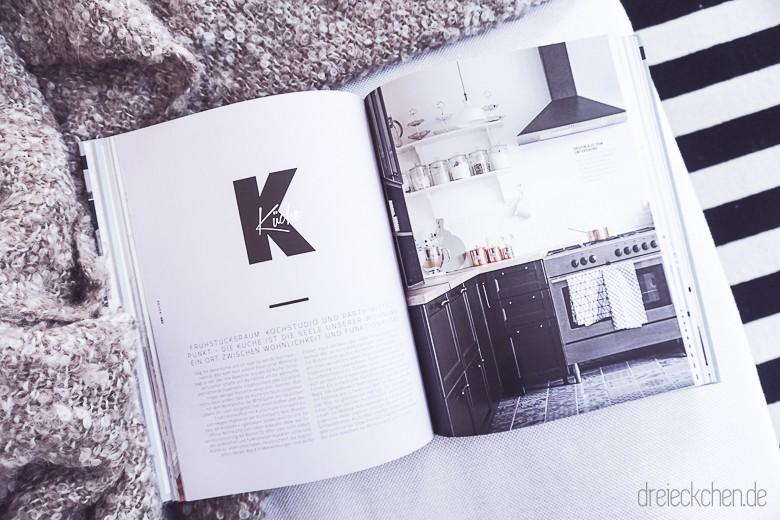 couch bezug wechseln vorher nachher buchrezension best of interior blogger dreieckchen. Black Bedroom Furniture Sets. Home Design Ideas