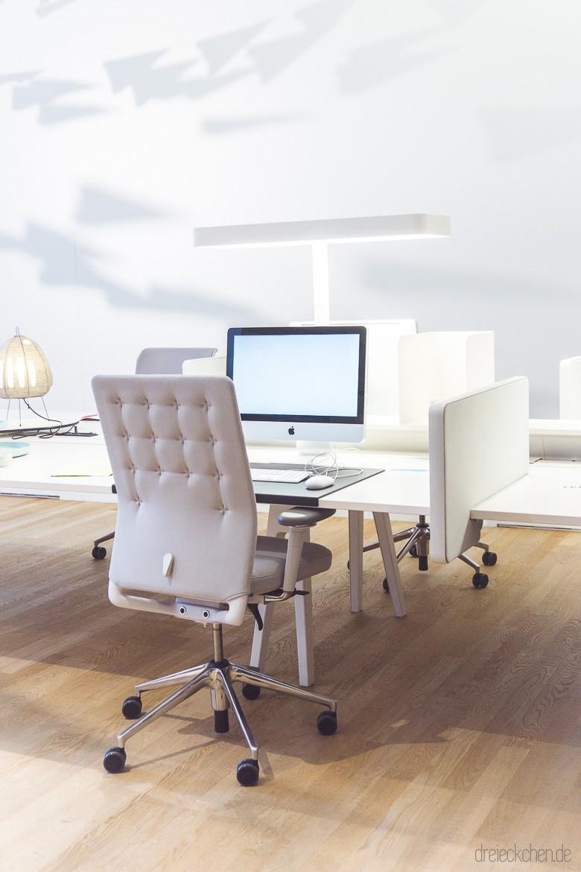 Vitra Büromöbel und Bürostühle in weiß und grau