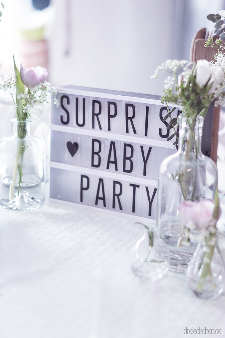 Babyparty deko tipps m dels brunch 28 dreieckchen for Baby deko