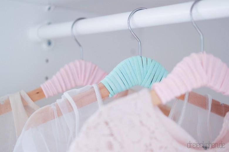 DIY Kleiderbügel Kinderzimmer