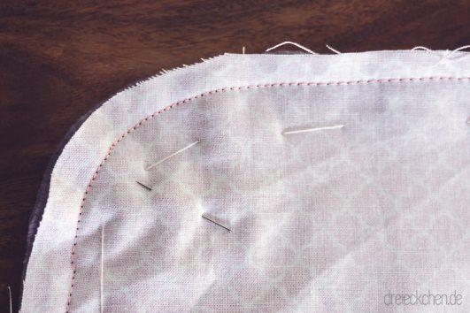 Geschenke zur Geburt: einfache Babydecke selbst nähen › dreieckchen ...