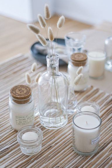 ideen f r eine skandinavische tischdeko mit naturmaterial werbung dreieckchen lifestyle. Black Bedroom Furniture Sets. Home Design Ideas