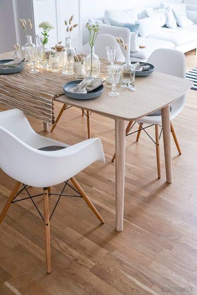 ideen f r eine skandinavische tischdeko mit naturmaterial. Black Bedroom Furniture Sets. Home Design Ideas